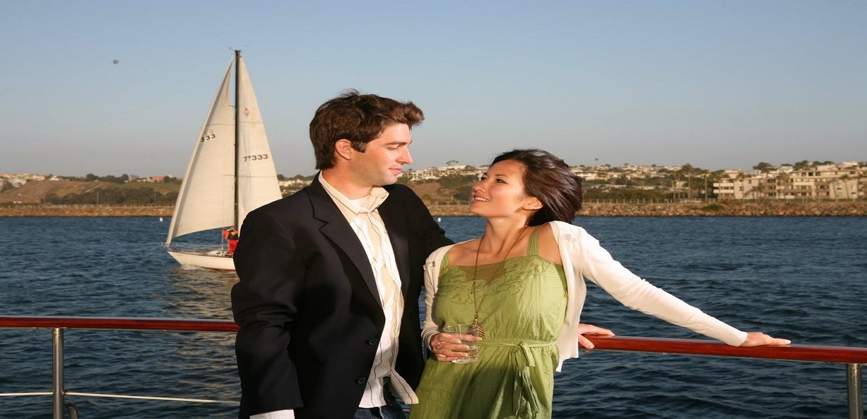 The Tour Exchange Hornblower Cruises Marina del Rey Dinner Cruise Package