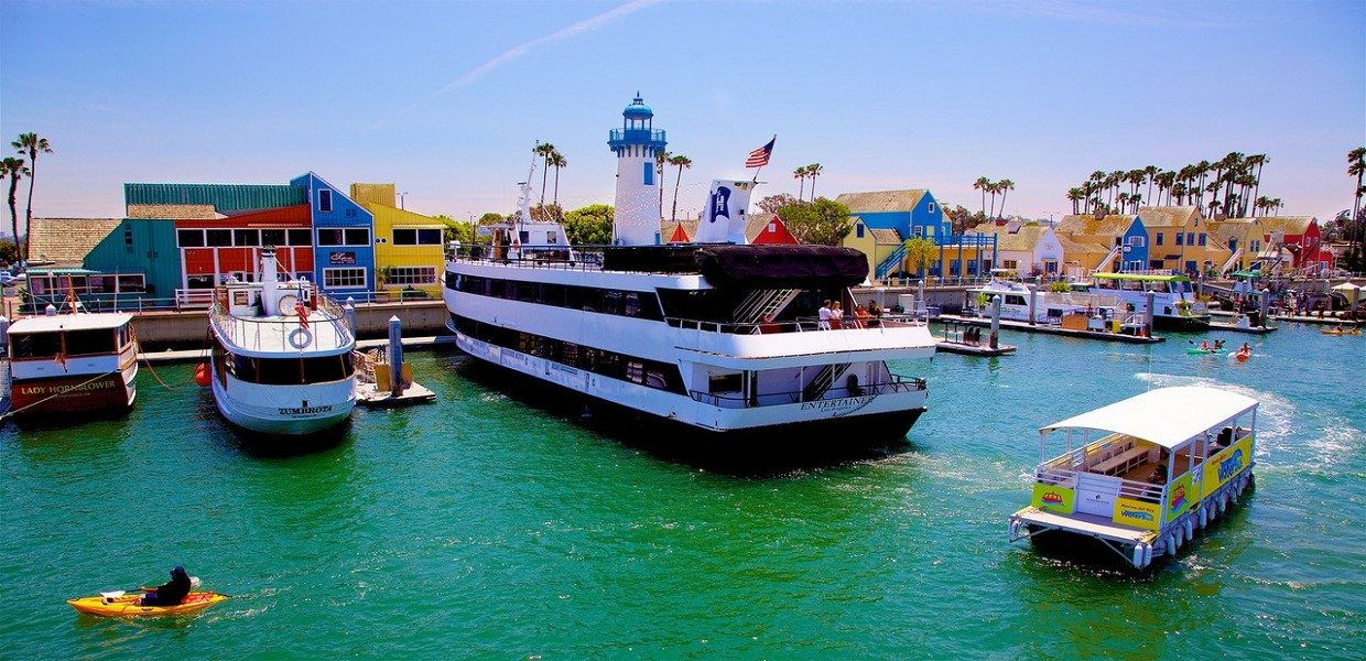 The Tour Exchange Hornblower Cruises Marina del Rey Dinner Package