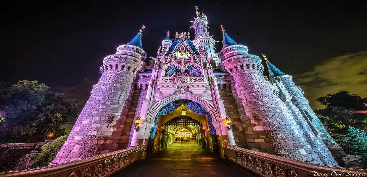 Get your discount Magic Kingdom tickets here. Disney's Magic Kingdom Park is a land filled with magic, adventure, thrills and unforgettable moments.